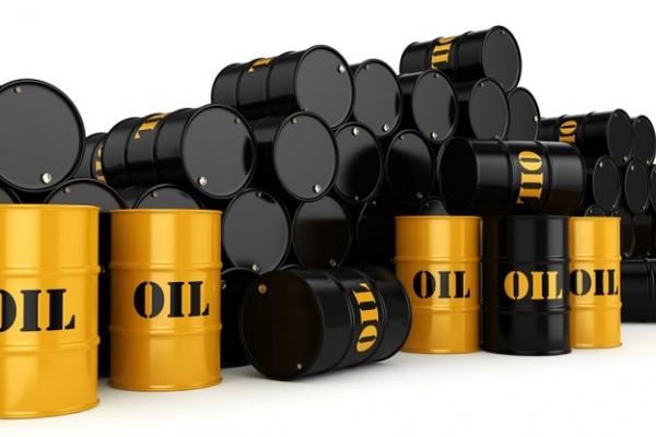 Giá xăng dầu hôm nay 14/6: Duy trì trên mốc 70 USD/thùng