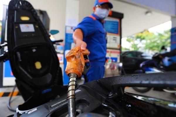 Giá xăng dầu hôm nay 25/1: Tăng hay giảm phiên đầu tuần?