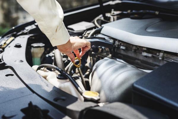 Những thói quen có thể gây hại cho động cơ tăng áp ô tô