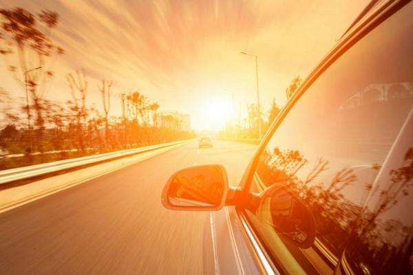Mẹo tiết kiệm nhiên liệu cho xe ô tô khi trời nắng nóng